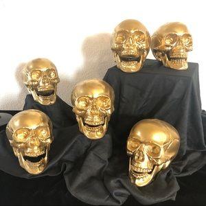 Halloween 🎃 Gold Skulls Decor